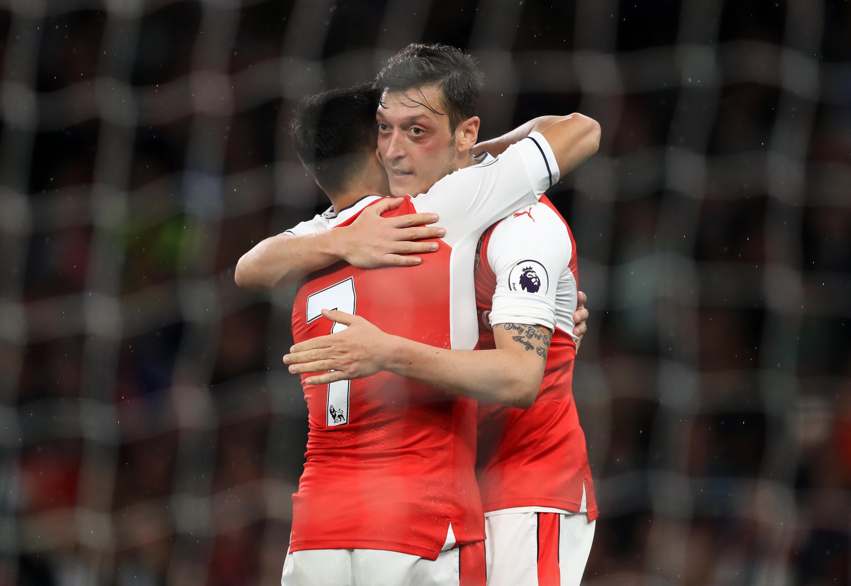 Fußball: Arsenal-Coach Wenger: Keine Freigabe für Sanchez und Özil
