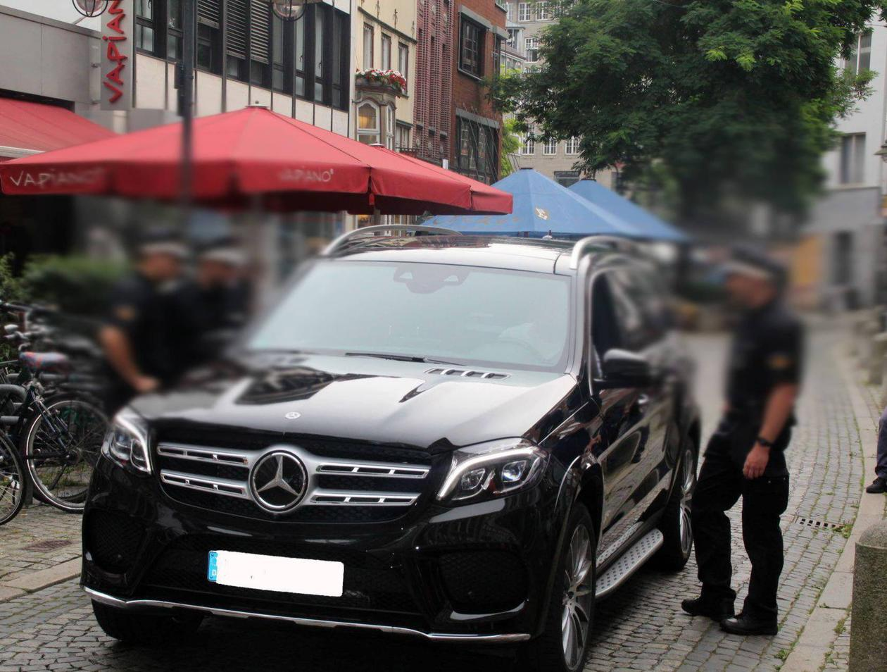 Fussgangerzone Oldenburg Karte.Bremens Polizei Nachwuchs Kontrolliert In Der Fussgangerzone