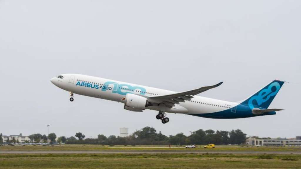 Der Airbus A330neo startet in Toulouse. Foto: Airbus