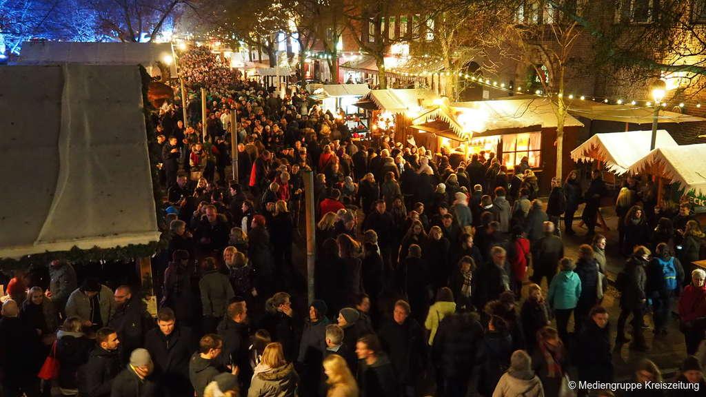 Weihnachtsmarkt Hamburg Heute Geöffnet.Bremer Weihnachtsmarkt Und Schlachte Zauber Eröffnet öffnungszeiten