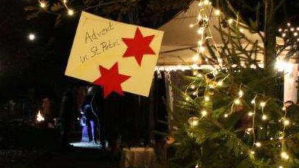 Lichterglanz und weihnachtliche Klänge in St. Petri Kirchlinteln ...