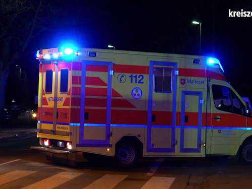 Auto kracht in voll besetztes Taxi in Delmenhorst