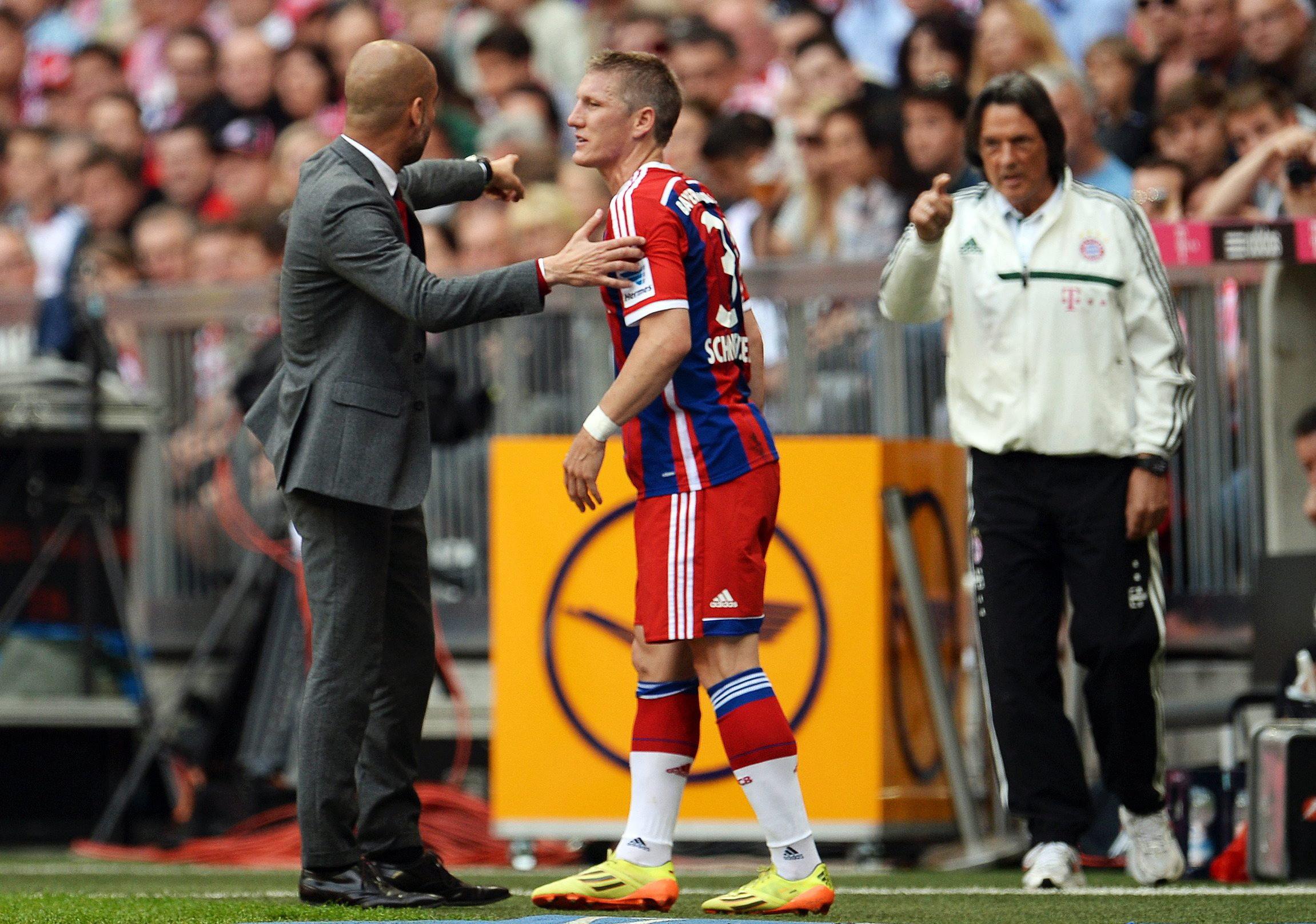 """Müller-Wohlfahrt wirft Guardiola ein""""schwaches Selbstbewusstsein"""" vor."""