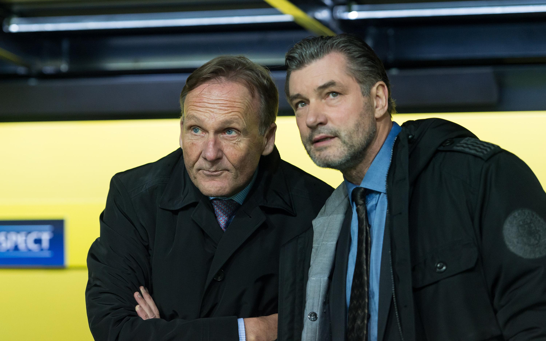 Dortmunds Geschäftsführer Hans Joachim Watzke zusammen mit Sportdirektor Michael Zorc