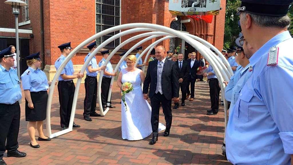 Feuerwehr Wildeshausen Gratuliert Zur Silbernen Hochzeit Wildeshausen