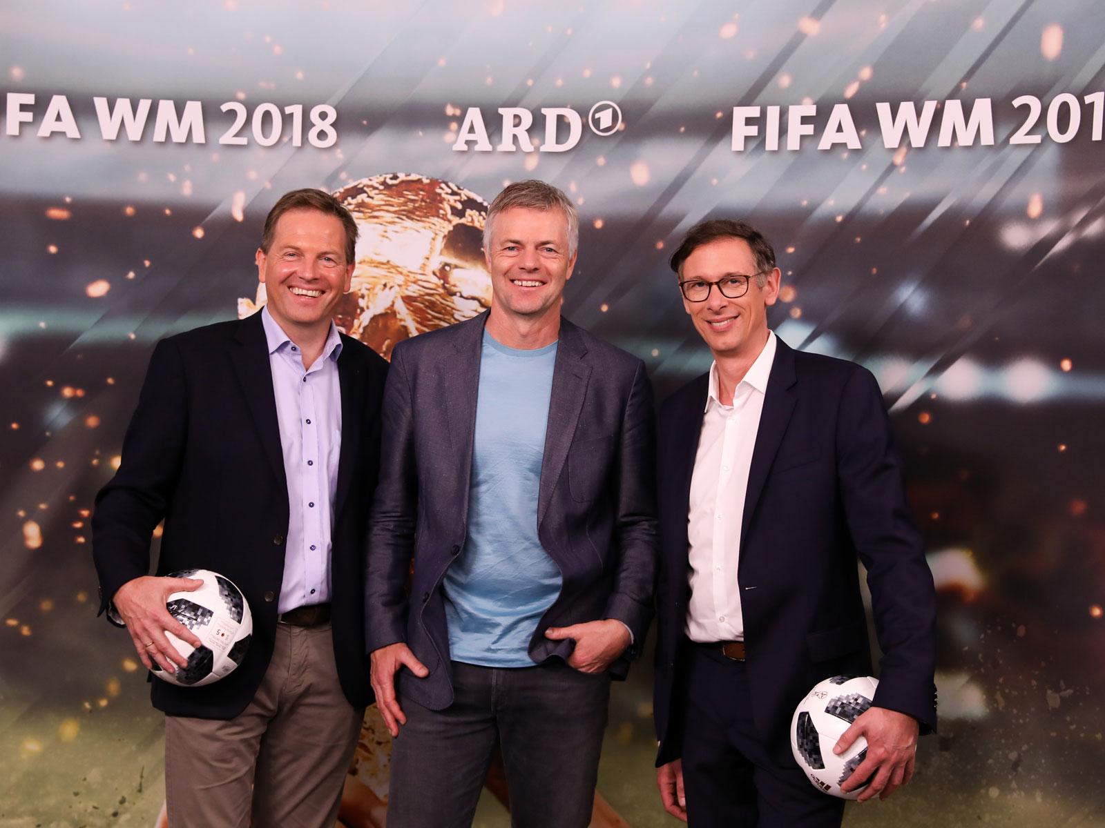 Ard Kommentator Sieht Polnische Fussball Legende Auf Der