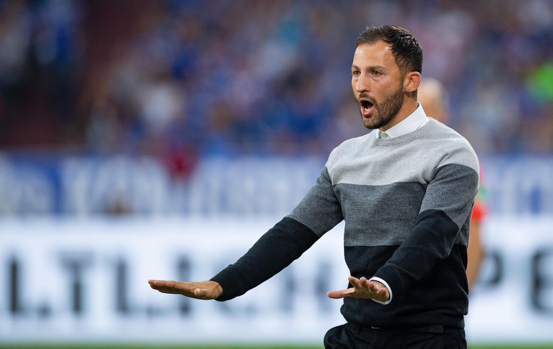 Steht mit dem FC Schalke 04 am Wochenende gegen Borussia Mönchengladbach unter Zugzwang: Domenico Tedesco.