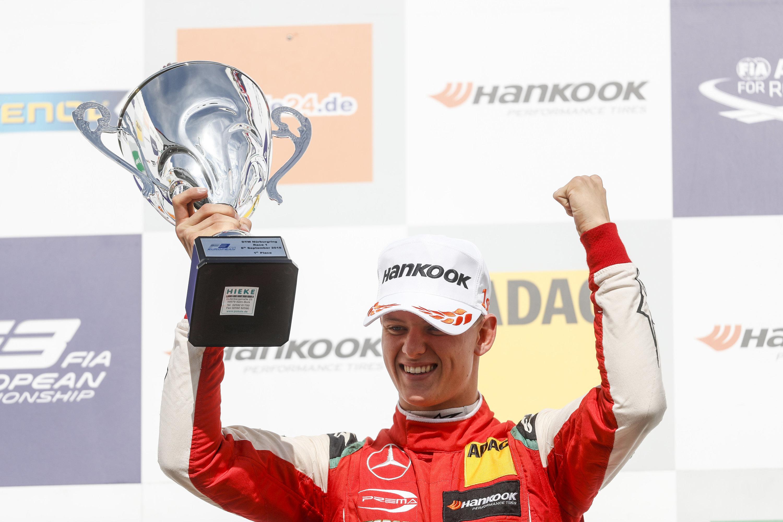 Jubelt Mick Schumacher zukünftig in der Formel 1?
