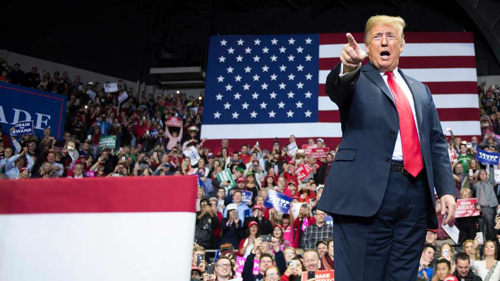 Trump campaigns in Ohio, Indiana and Missouri on eve of midterm elections