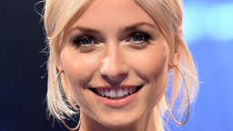 """The Voice of Germany"": Lena Gercke oben ohne im TV-Studio?"