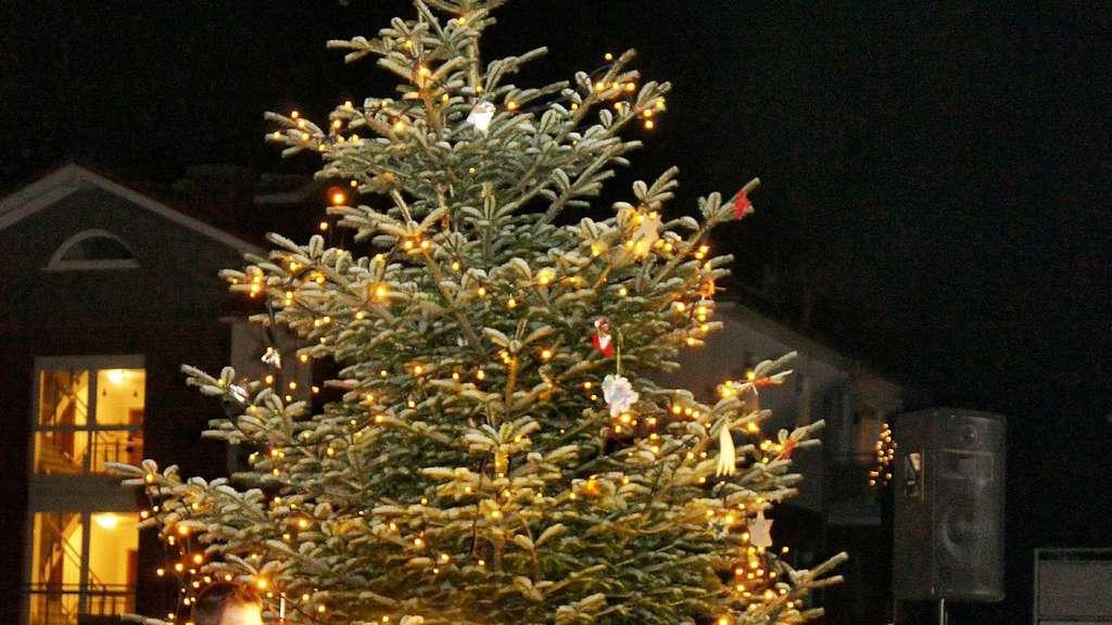 Waldweihnacht 2018 Etelsen rund um den großen Tannenbaum | Langwedel ...