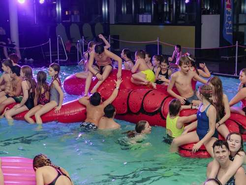 Pool-Party im Krandelbad