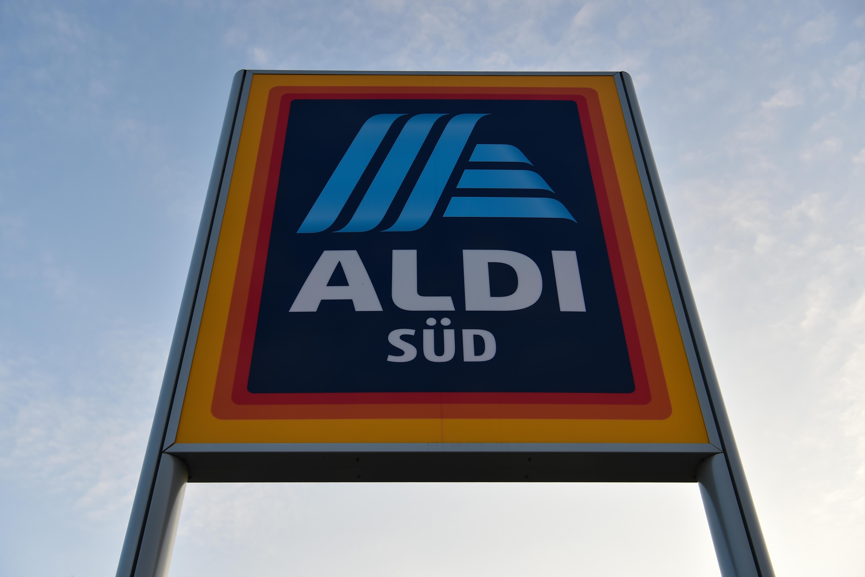 """""""Grün und verschimmelt"""": Ekelfund in Aldi-Erdbeeren"""