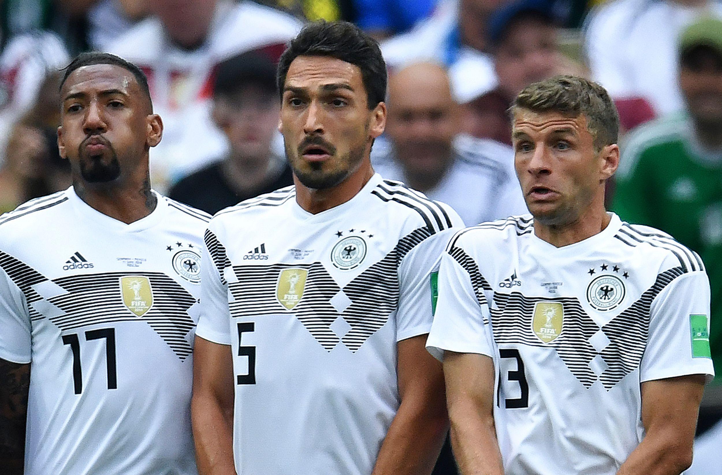 Vor dem DFB-Spiel gegen Serbien schickten die Fans eine Botschaft an Müller, Hummels und Boateng.