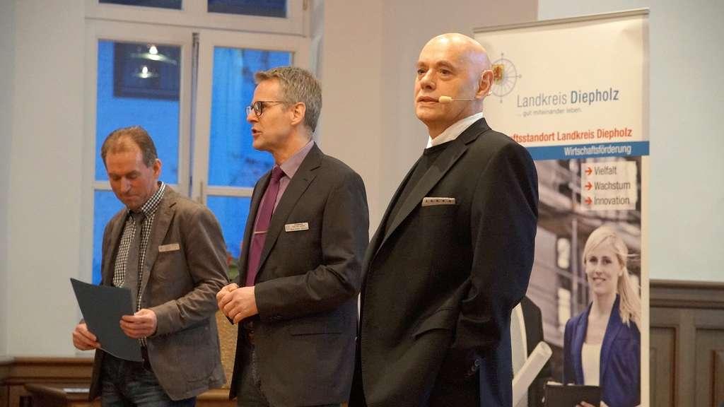 Gab Tipps: Referent Nikolaus Rohr (rechts). Die Besucher begrüßte Gerd-Dieter Bühning von der Verwaltung.