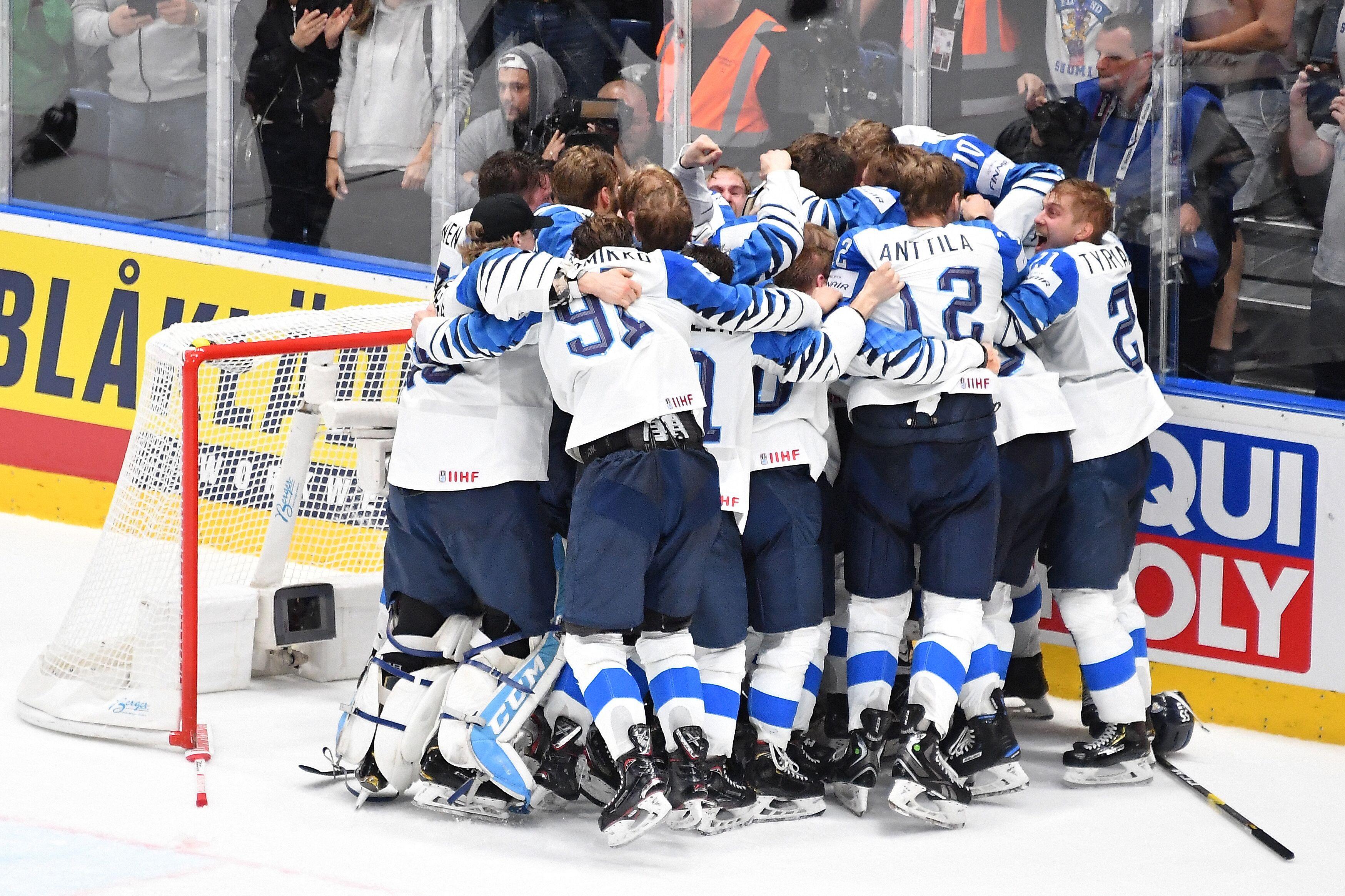 Jubel bei den Finnen - sie holten ihren dritten WM-Titel. Der letzte gelang im Jahr 2011.