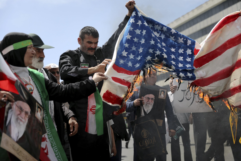 Trump beschuldigt Iran nach Tanker-Attacke: Experte mit drastischer Warnung