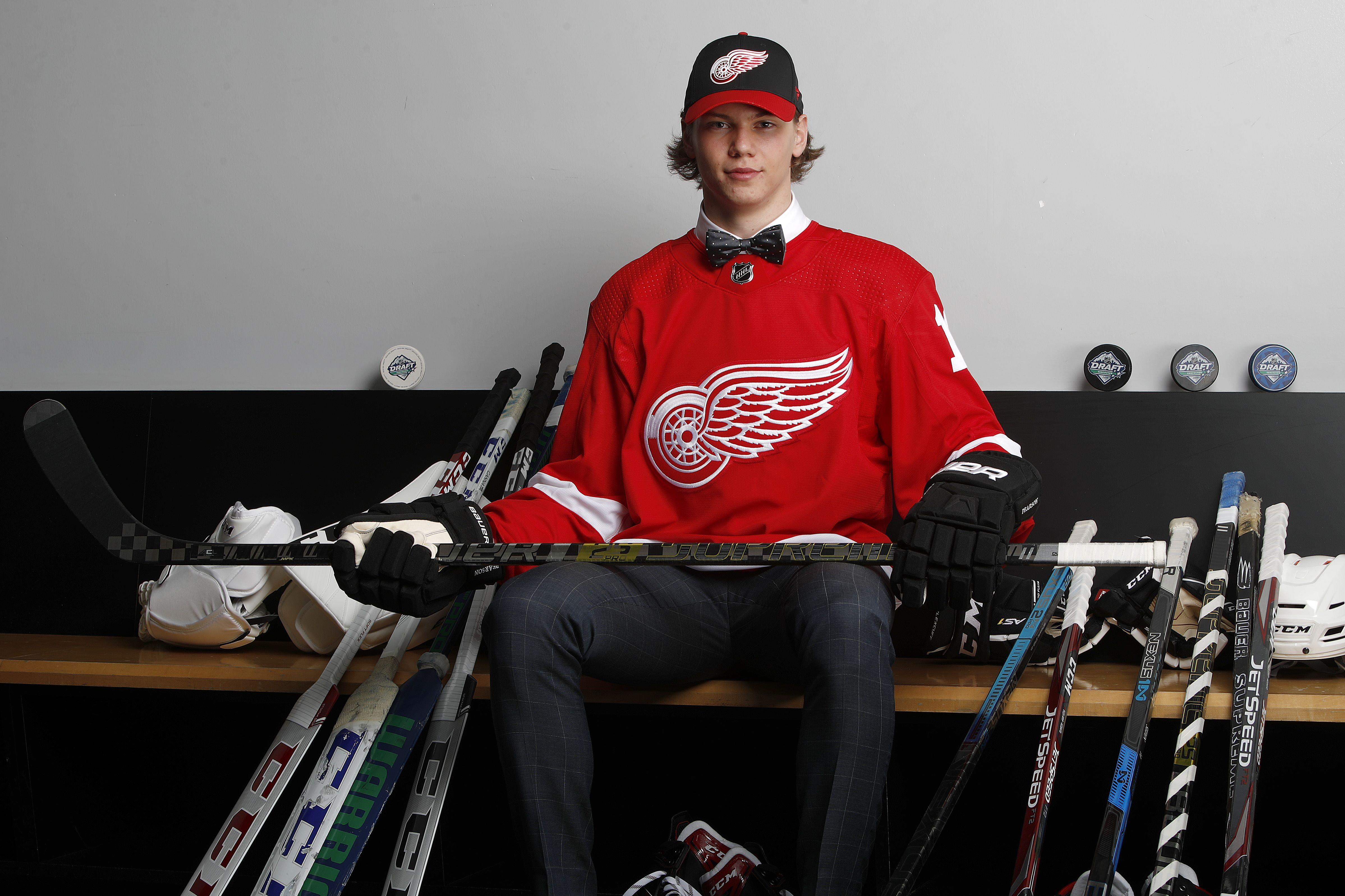 Moritz Seider wurde vom NHL-Team Detroit Red Wings gedraftet.