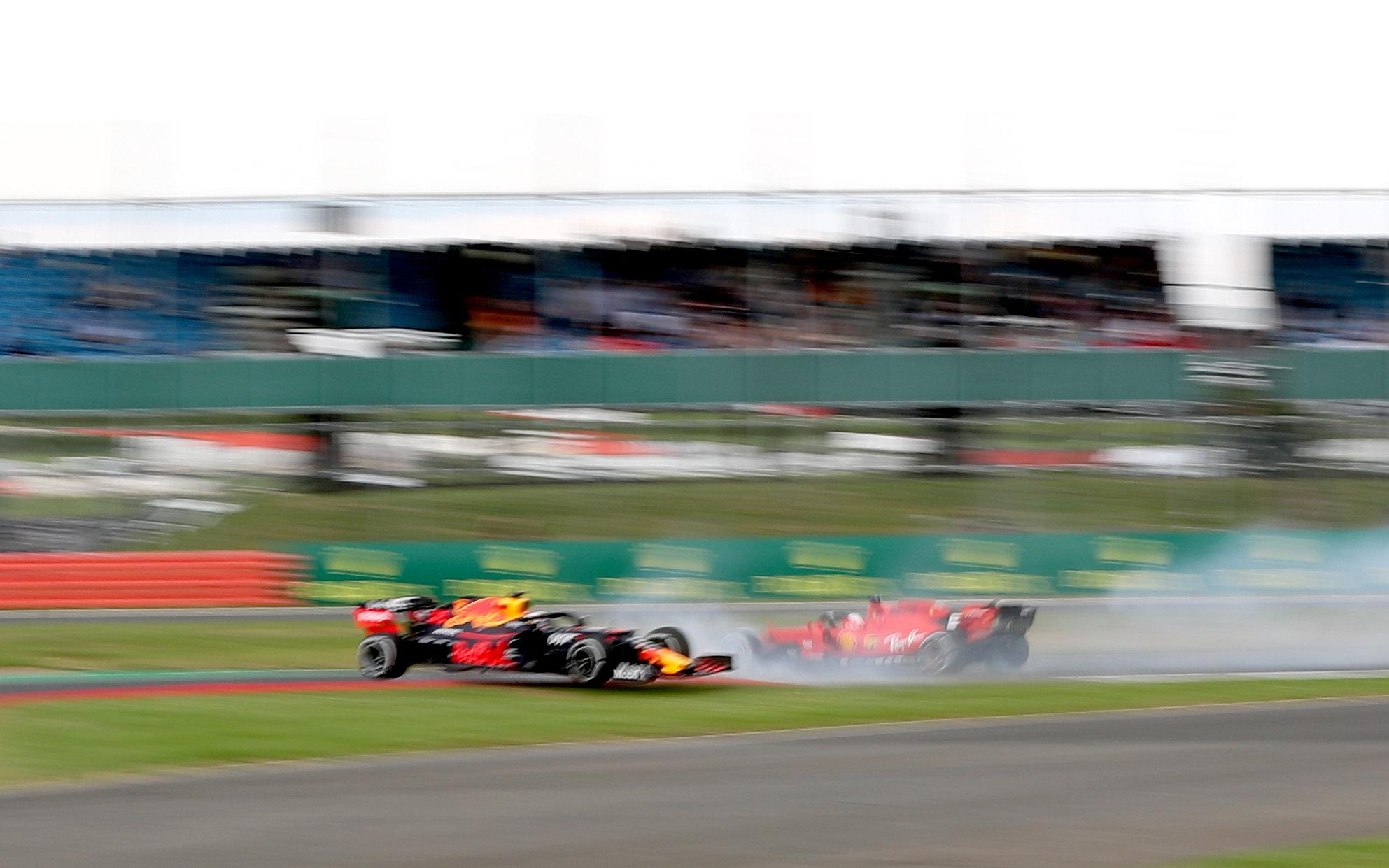 Sebastian Vettel verabschiedete sich durch einen Crash von den Medaillenrängen.