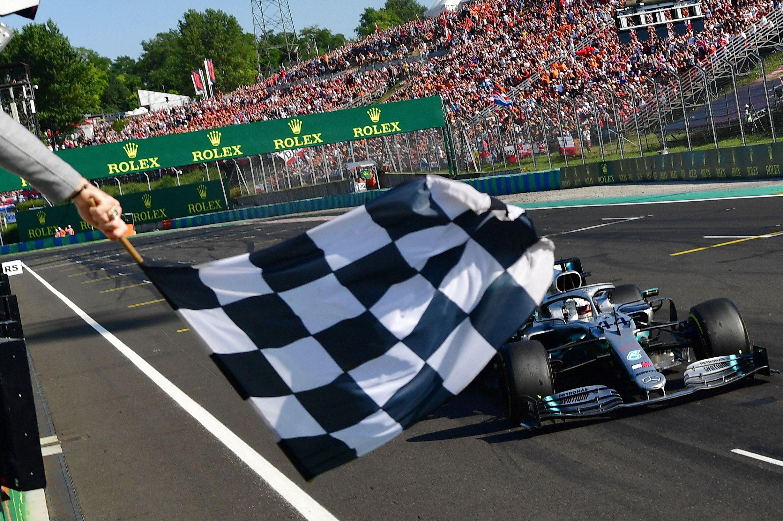 Ziel erreicht: Lewis Hamilton gewinnt den Großen Preis von Ungarn.