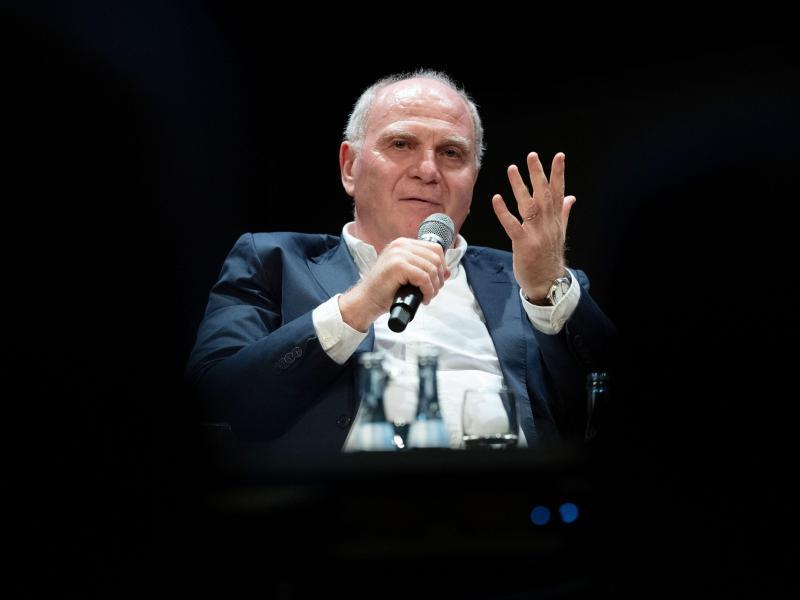 Uli Hoeneß hat seinen Rückzug als Vereinspräsident und Aufsichtsratschef bestätigt. Foto: Marijan Murat