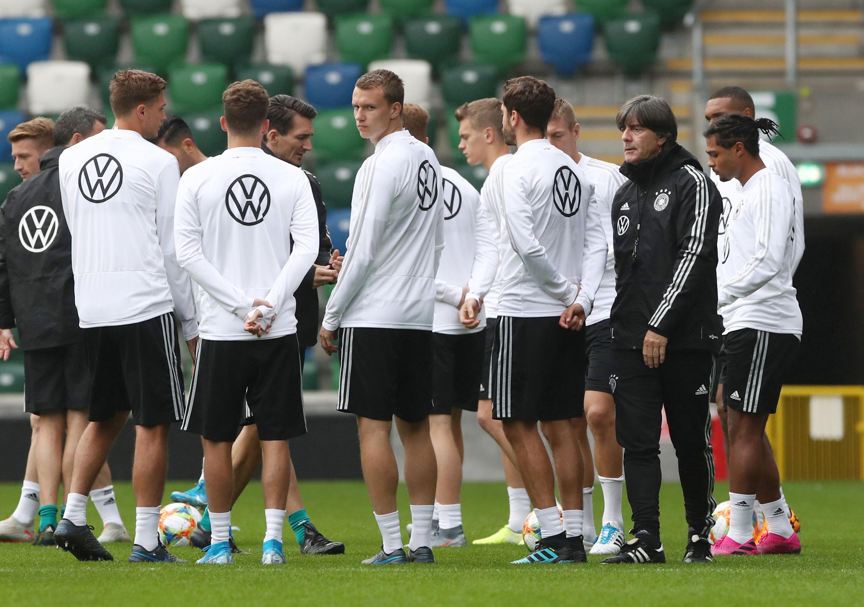 UEFA rettet den DFB: Nationalmannschaft muss nicht aus