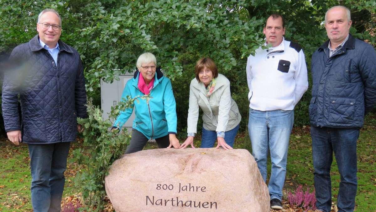 Eine Eiche, ein Stein und eine Tafel - kreiszeitung.de