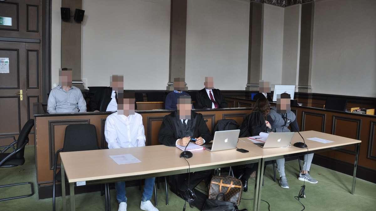 Schwerer Raub in Wagenfeld: Haftstrafen für vier Männer aus Diepholz und Lohne (LK Vechta) | Wagenfeld - kreiszeitung.de