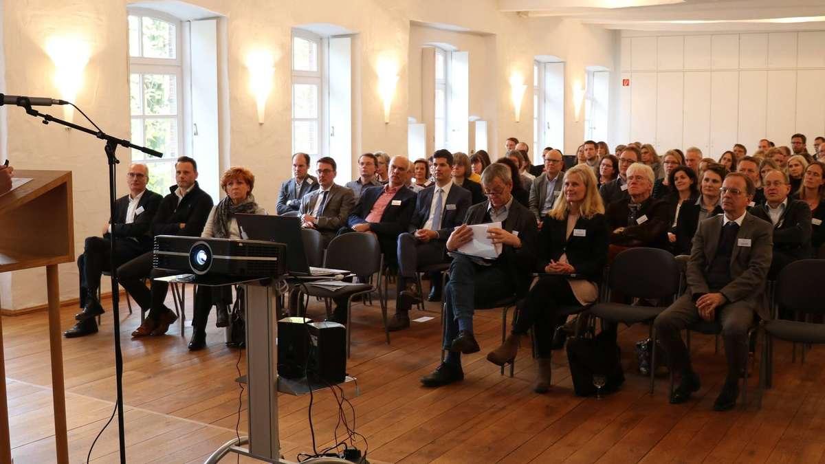 Verden: Justizministerin Havliza Gast beim Bezirksrichtertag und im Amtsgericht | Verden - kreiszeitung.de