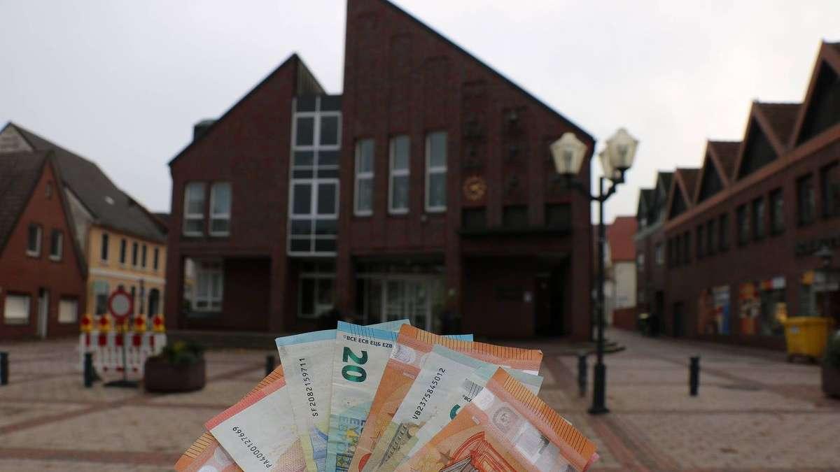 Stadthaus Wildeshausen: Mitarbeiterin entwendet mindestens 85.000 Euro   Wildeshausen - kreiszeitung.de