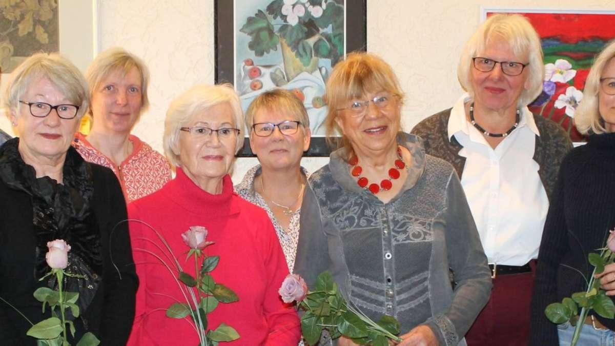 Malgruppe von Ulla Pabst stellt in der Frauenberatung aus | Verden - kreiszeitung.de
