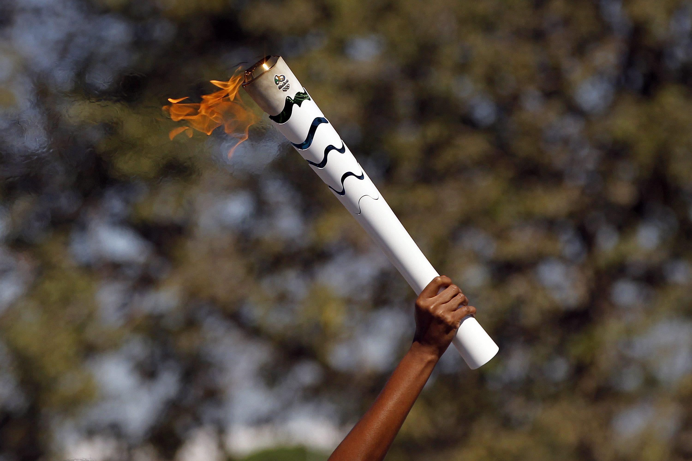 Die Olympische Fackel wird auch bei den Spielen in Japan wieder brennen. Nur wie weit wird sie getragen?