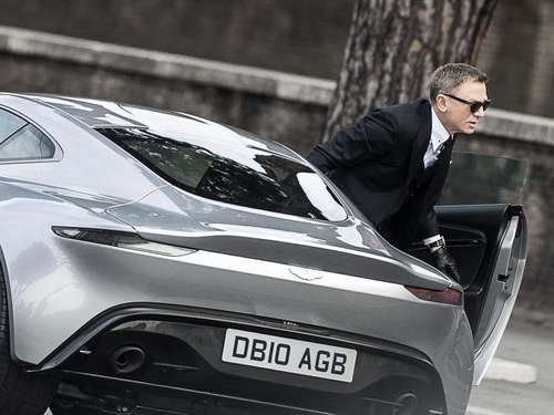 James Bond und seine Autos