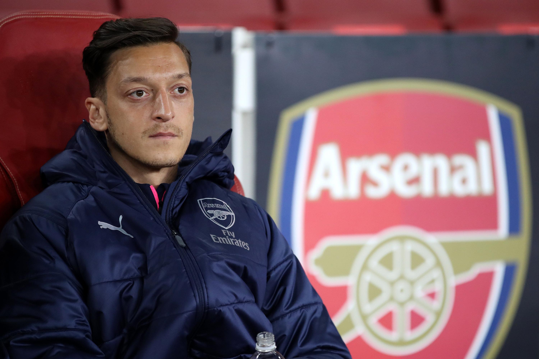 Mesut Özil lehnt einen Gehaltsverzicht wohl ab.