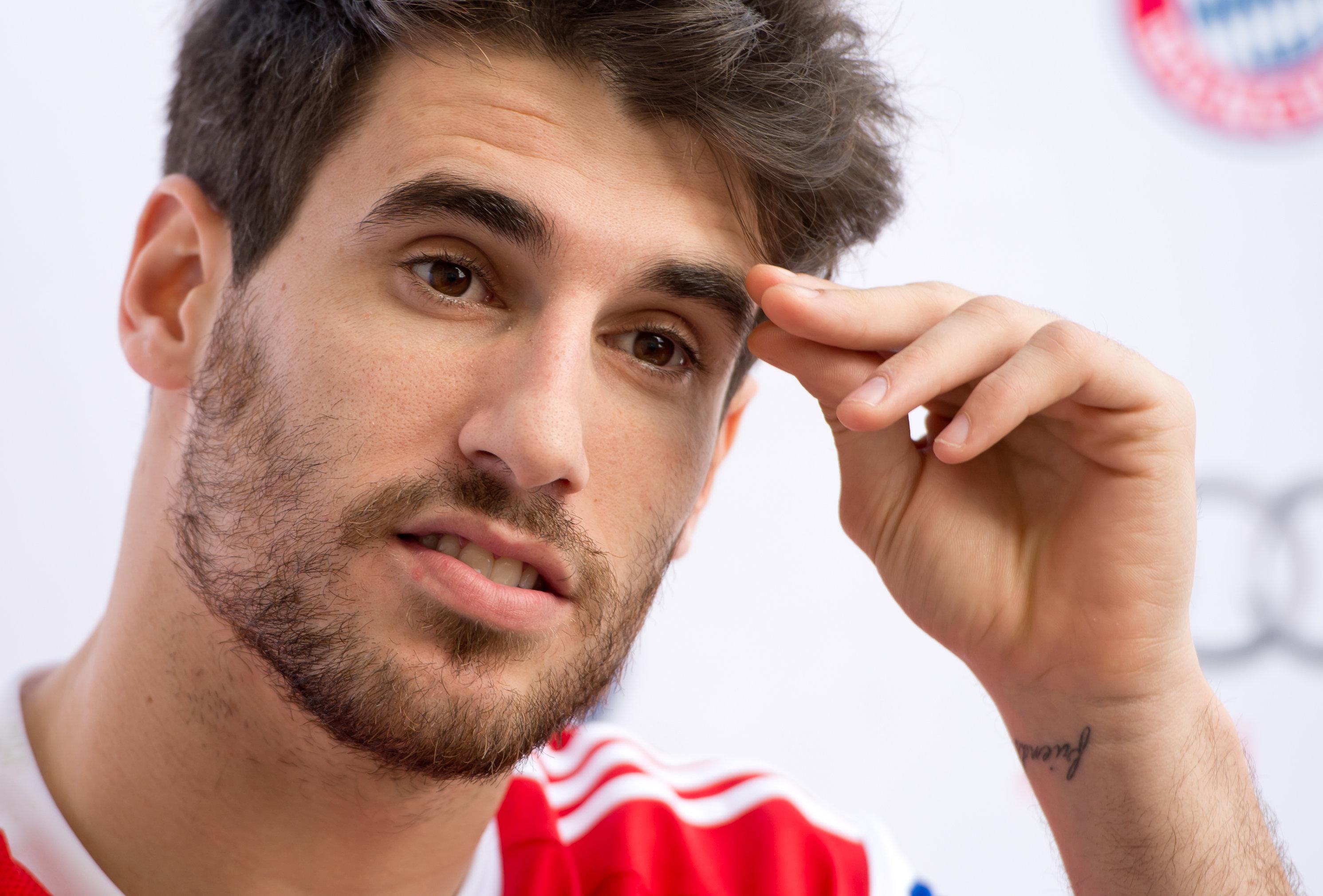 Javi Martinez könnte den FC Bayern verlassen. Beschäftigt sich der FC Bayern bereits mit seinem Nachfolger?