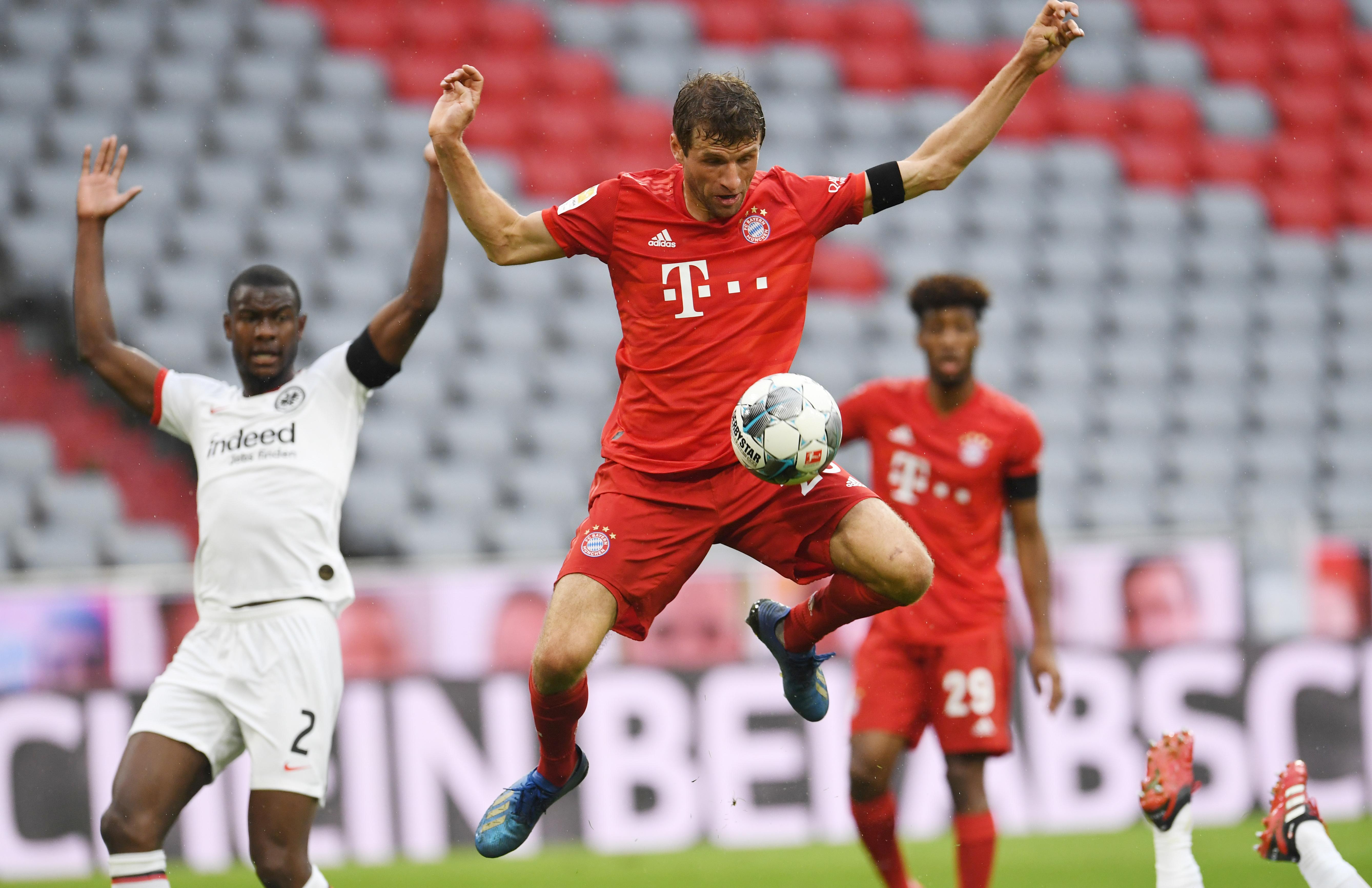 Artistisch: Thomas Müller für den FC Bayern München.