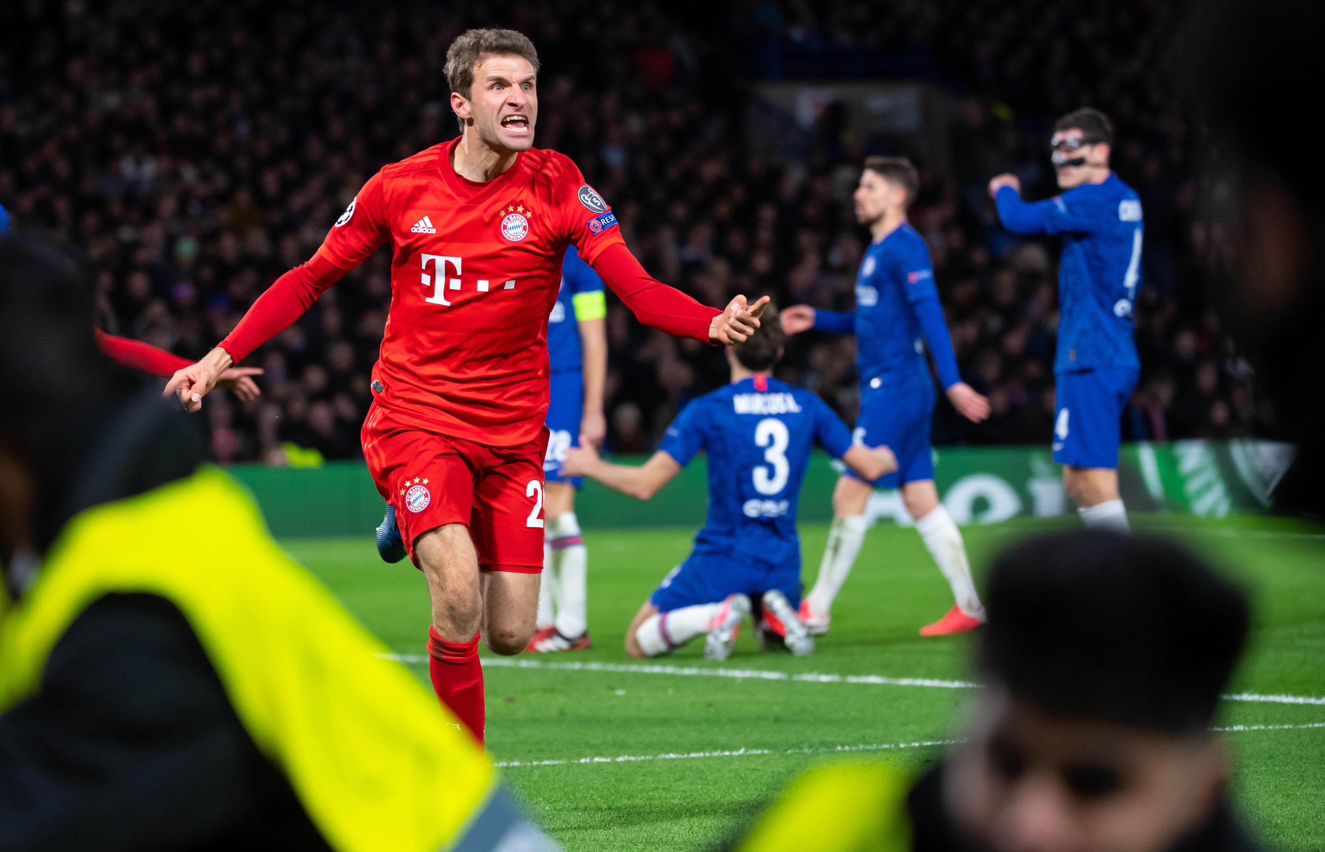 Der FC Bayern München gewann sein Achtelfinal-Hinspiel mit 3:0.