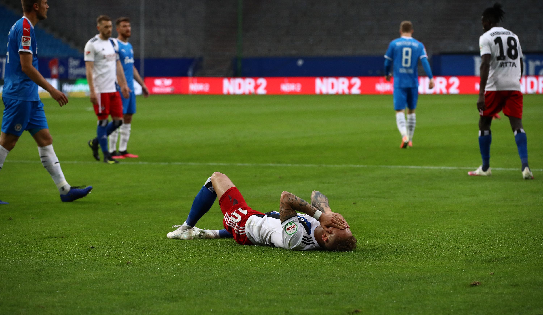 Der Hamburger SV und Holstein Kiel lieferte sich eine dramatische Partie.