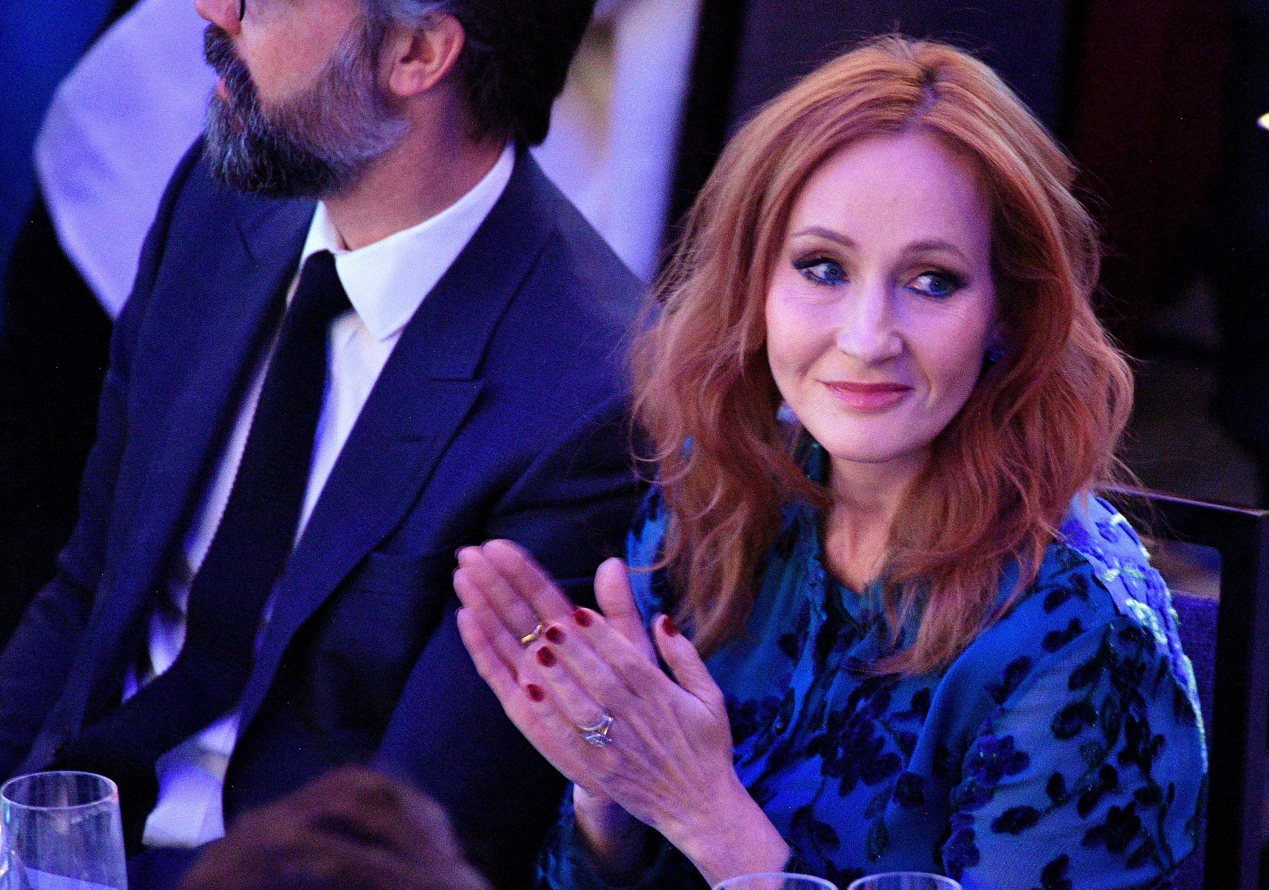 """J.K. Rowling beklagt sich in offenem Brief über """"intolerantes Klima"""""""