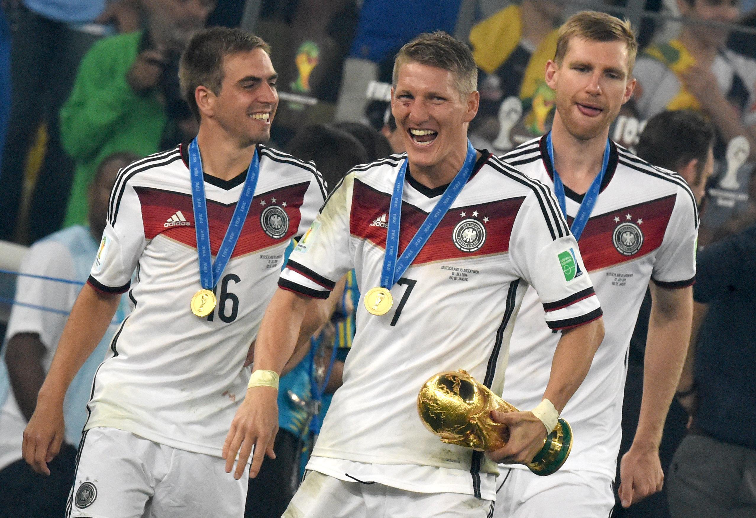 Legenden beim FC Bayern und beim DFB: Philipp Lahm (l.) und Bastian Schweinsteiger (M.).