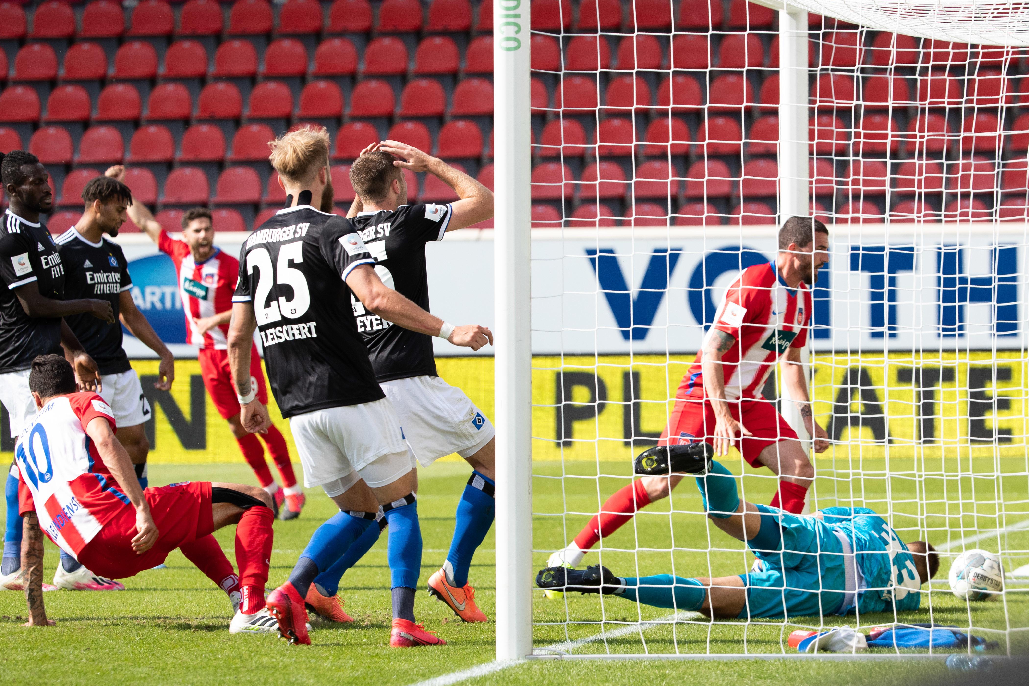 Der Hamburger SV ließ sich vom 1. FC Heidenheim überholen und steht nun auf dem vierten Rang.