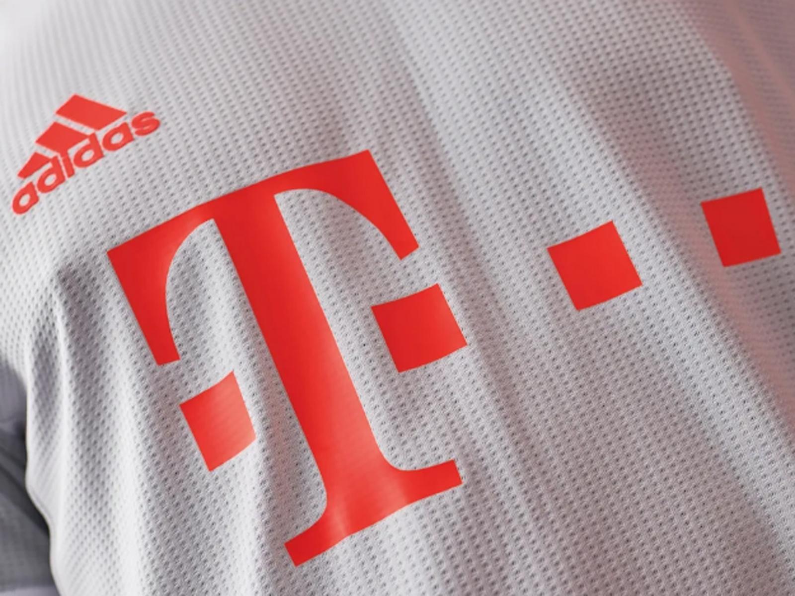 Das neue Auswärtstrikot des FC Bayern München wurde vorgestellt.