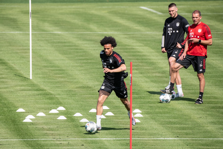 Leroy Sané sorgte bei seinem ersten Mannschaftstraining beim FC Bayern München sofort für einen Aufreger.
