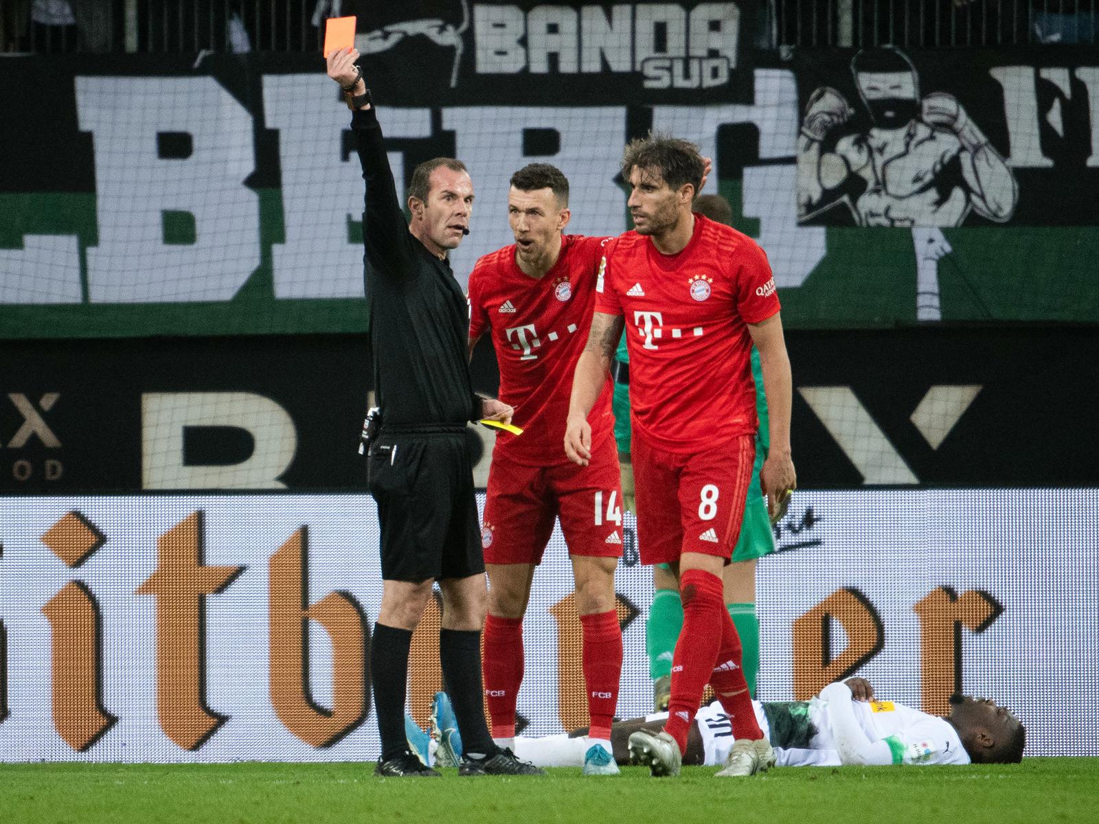 Gibt es in der Bundesliga künftig sehr viel mehr Platzverweise?