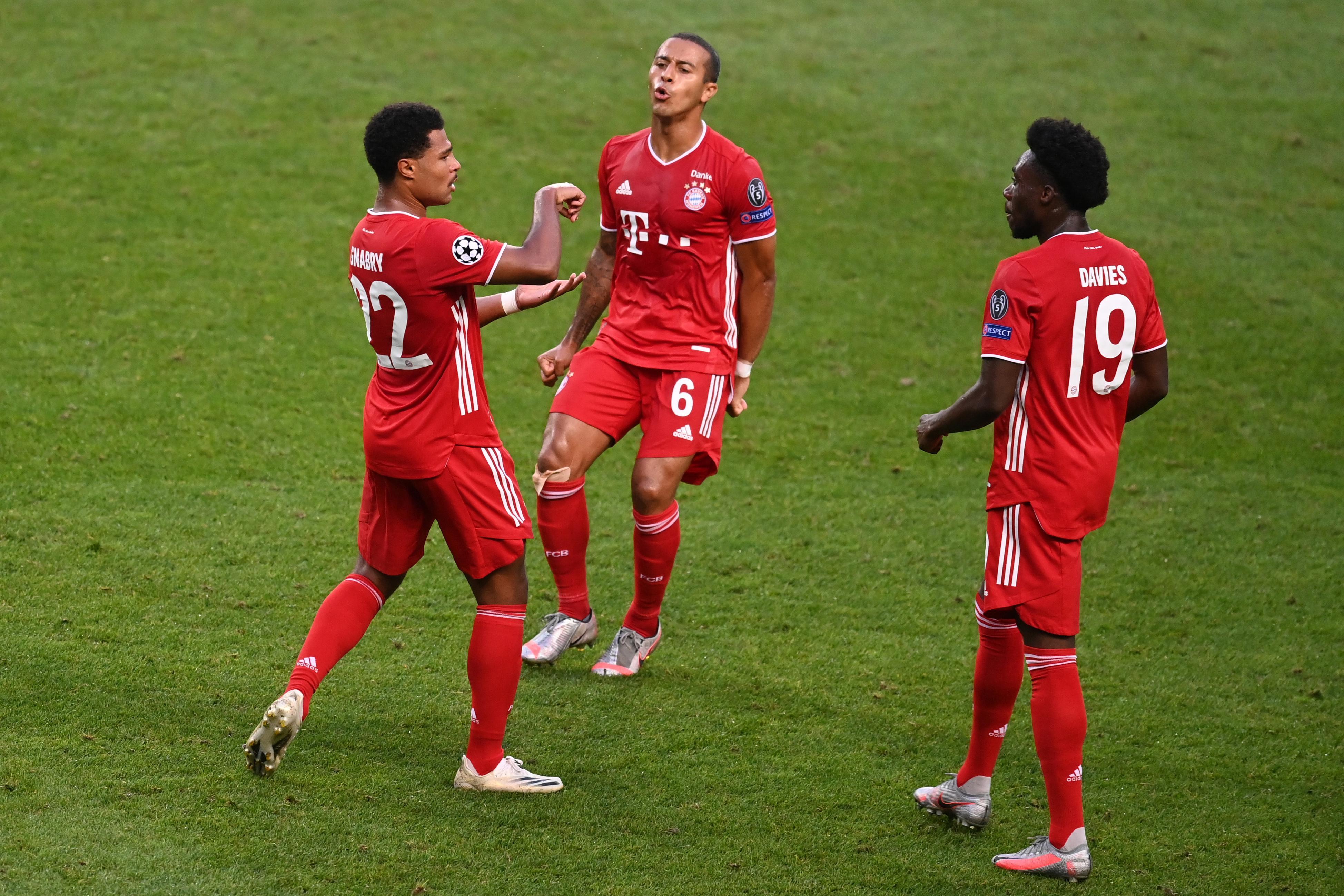 Serge Gnabry feiert sein 1:0 gegen Olympique Lyon. In der Champions League winken dem FC Bayern in diesem Jahr Rekordeinnahmen.