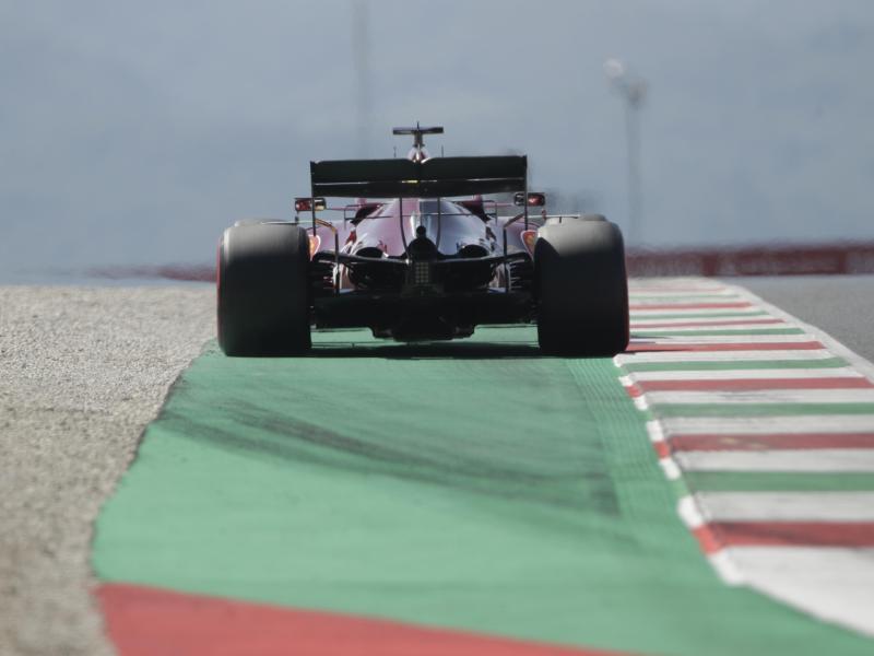 Sebastian Vettel startet auch in der Toskana von weit hinten. Foto: Luca Bruno/Pool AP/dpa