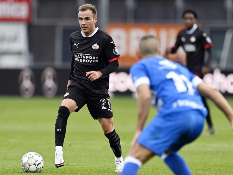 Mario Götze traf in seinem ersten Spiel für PSV Eindhoven bereits nach neun Minuten zur Führung. Foto: Olaf Kraak/ANP/dpa