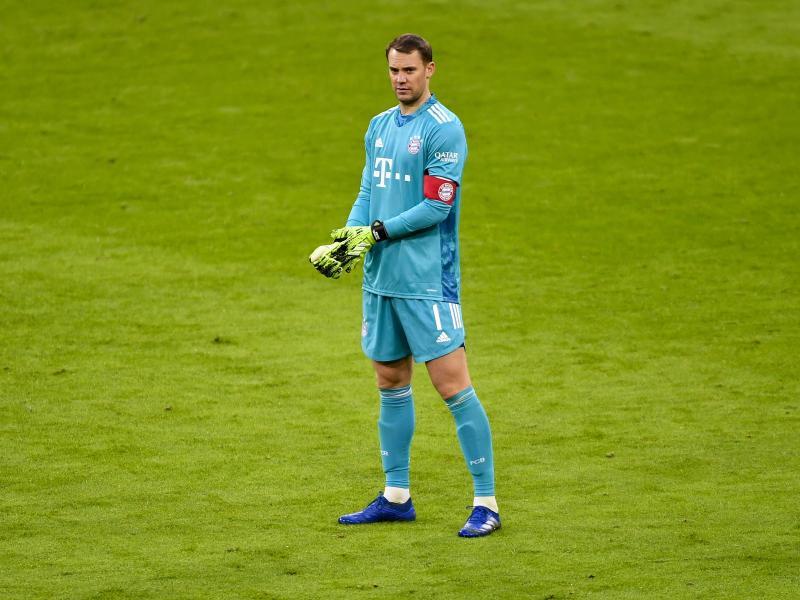Diese Woche hat sich Bayern-Torhüter Manuel Neuer sicher anders vorgestellt. Foto: Lukas Barth/epa/Pool/dpa