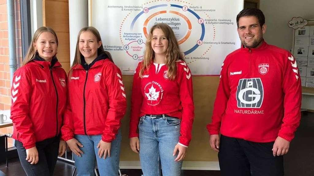 Sammelten neue Erfahrungen und hatten jede Menge Spaß beim Workshop: Karolina Wist, Hanna Schwarz, Lilly Kopmann und Dirk Oefele (von links).
