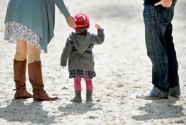 Viele Eltern nehmen zu Corona-Zeiten mehr Kinderkrankentage in Anspruch.